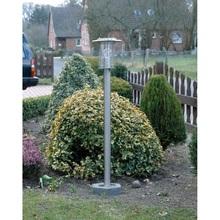 Lampa zewnętrzna stojąca York Stalowa Brilliant przed dom i podjazd.