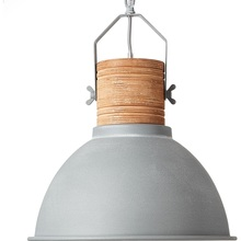 Lampa wisząca industrialna z drewnem Frieda 39 Betonowa Szara/Drewniana Brilliant do sypialni, salonu i kuchni.