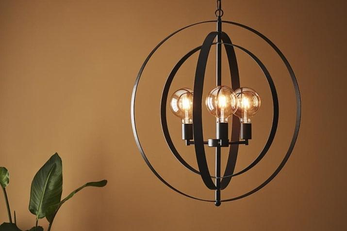 Czarna lampa wisząca vintage do salonu Orbit Markslojd
