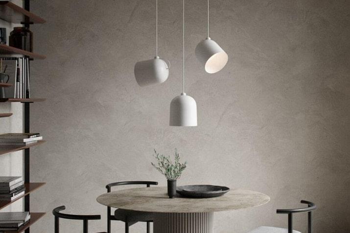 Szara lampa minimalistyczna wisząca z regulowanym kloszem Angle