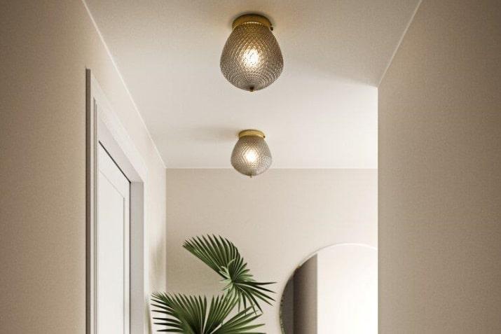 Szklany plafon dekoracyjny w stylu glamour